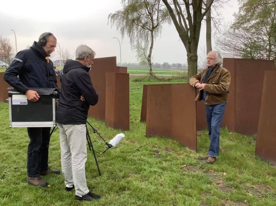Kunstenaar Bernard Winkel wordt geïnterviewd voor GRoningen4045.nl